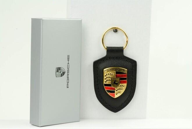 Брелок Porsche