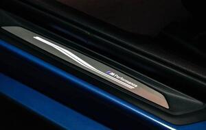 Светодиодные M Performance накладки порогов для BMW F22/M2 F87