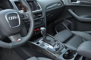 Отделка салона карбоном для Audi Q5