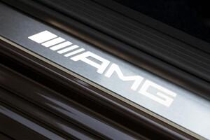 Накладки на пороги AMG с подсветкой для Mercedes SLK R172
