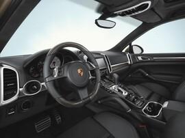 Руль и ручка КПП в карбоне для Porsche Cayenne 958