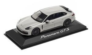Модель Porsche Panamera Sport Turismo GTS в масштабе 1/43
