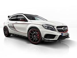 Боковые наклейки Edition 1 для Mercedes GLA X156