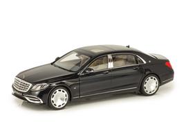 Модель Mercedes Maybach X222 1/18