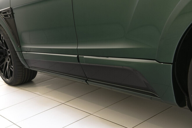 Карбоновые накладки на двери Startech для Bentley Bentayga