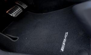 Велюровые коврики AMG для Mercedes C-Class W204