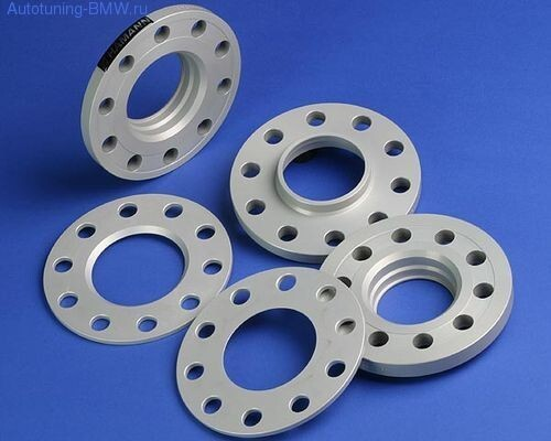 Проставки колесных дисков Hamann
