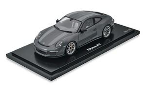 Модель Porsche 911R 1:18